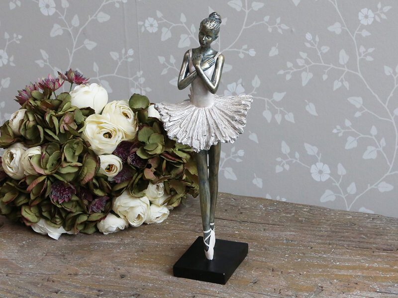 """Chic Antique Deko Ballerina """" stehend """" Shabby Vintage Nostalgie altosa H 36 cm"""