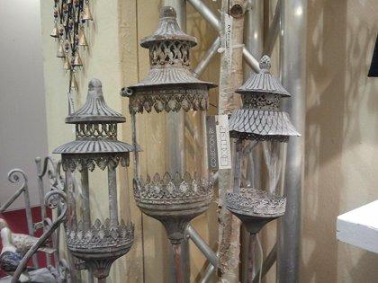Stab Laterne Windlicht Teelichtstecker Garten Teelichthalter Metall H 131 cm