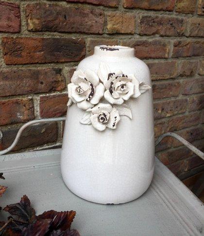 Vase Blumenvase Rosendekor Creme White Keramik Glasur Vintage Shabby